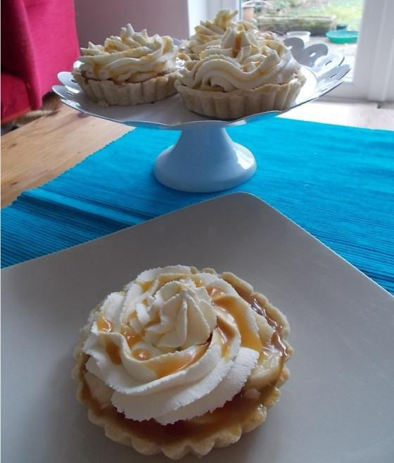 Salted Caramel and Banana Cream Tarts